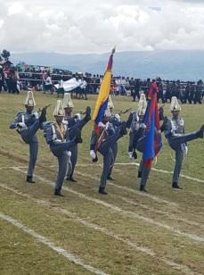 22. 2 Gallardía en el desfile del Pelotón de Escoltas de la Academia Militar del EBV