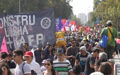 marcha_contra_las_afp_mobile