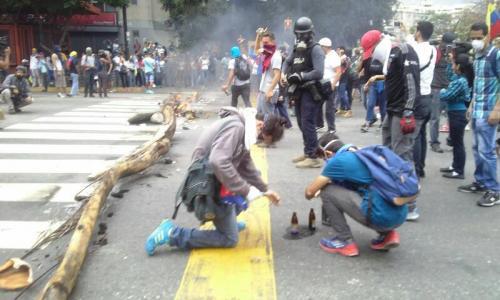 manifestantes_violentos_0